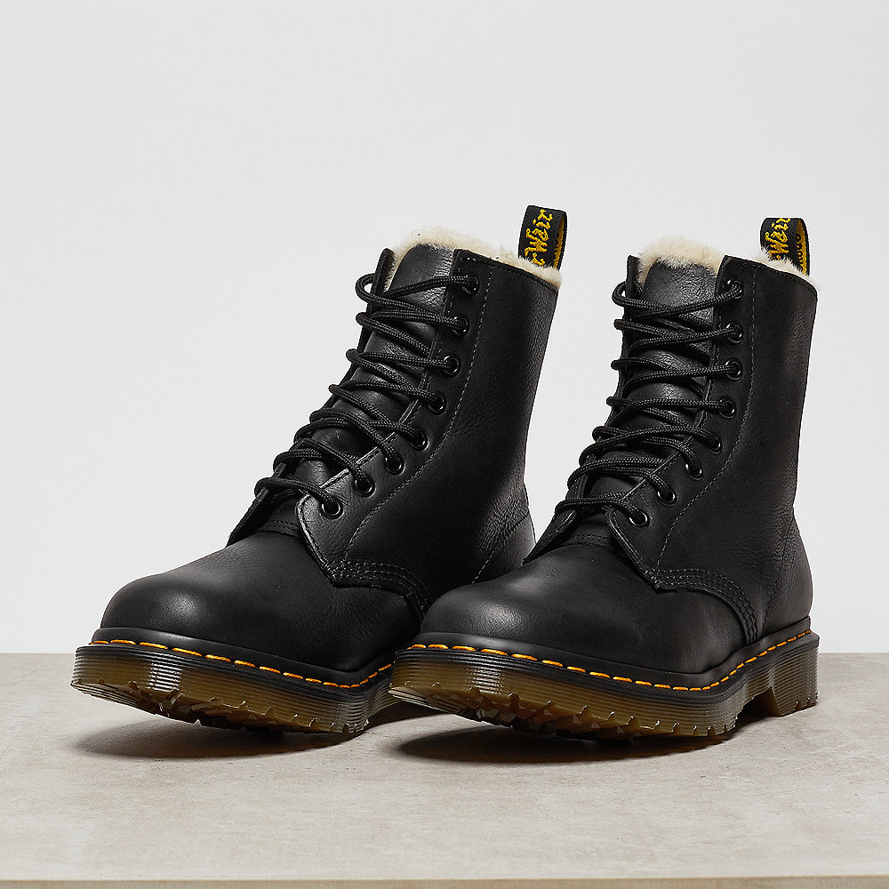 Dr. Martens Serena Burnished Wyoming black