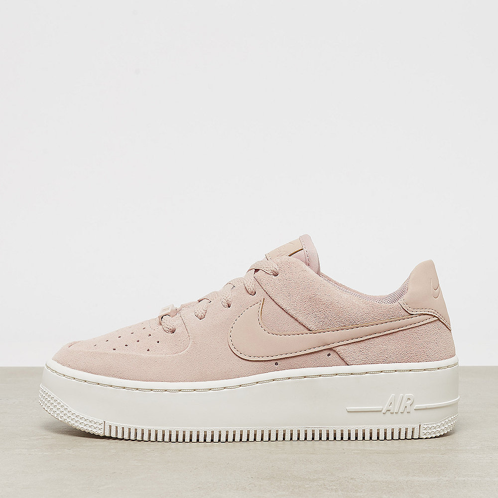 uk availability 300a4 fa2f9 NIKE Air Force 1 Sage Low particle beige particle beige-phantom