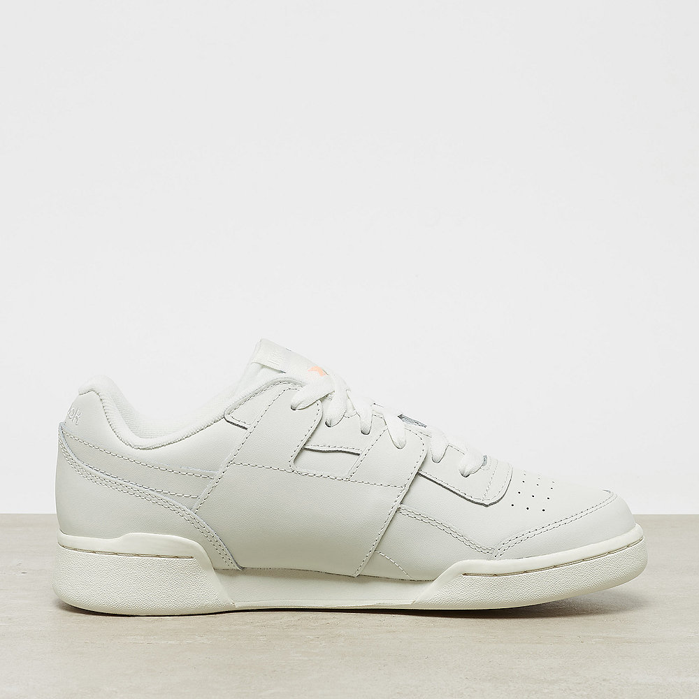 Reebok Workout Lo Plus chalk/cyan/sunglow