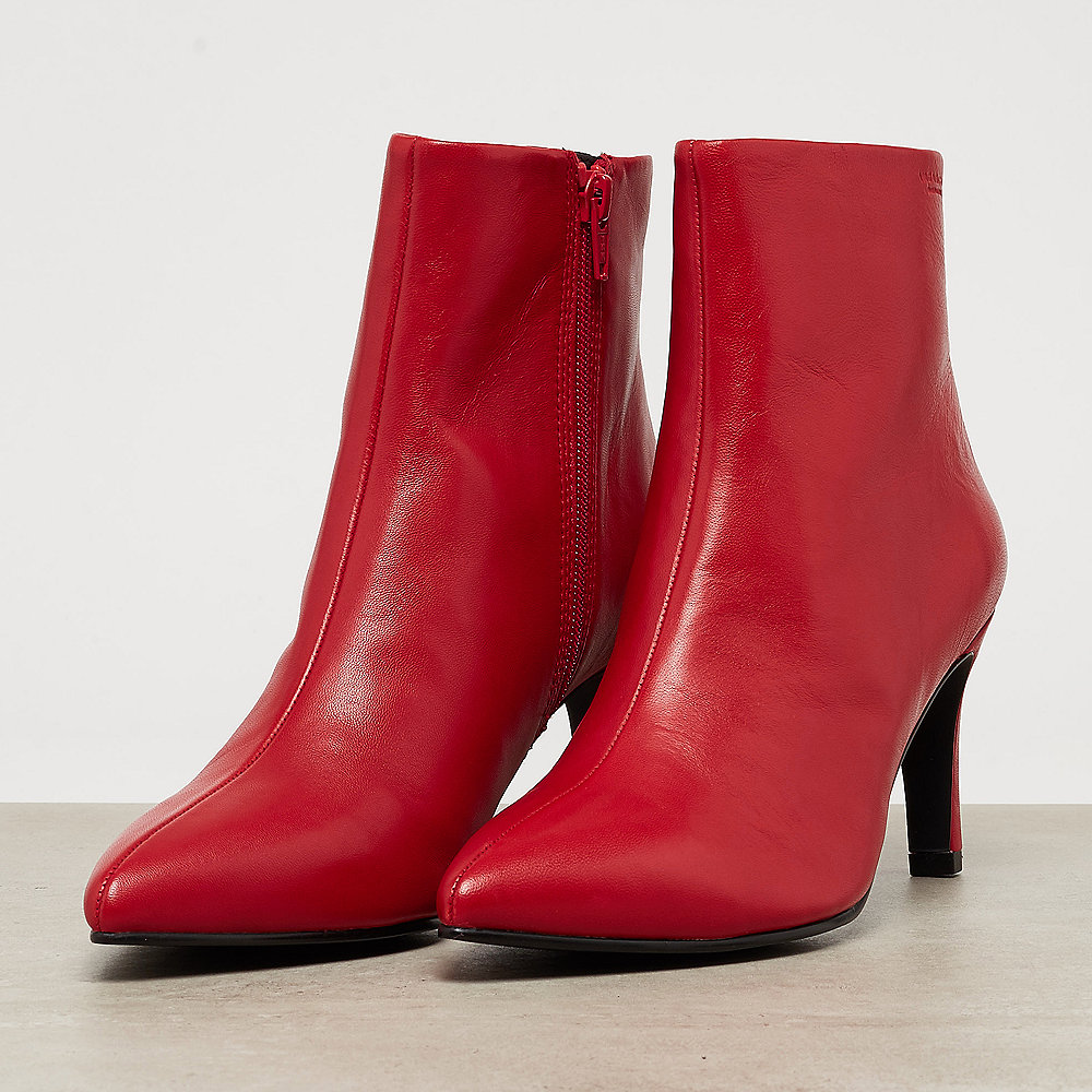 Vagabond Whitney red
