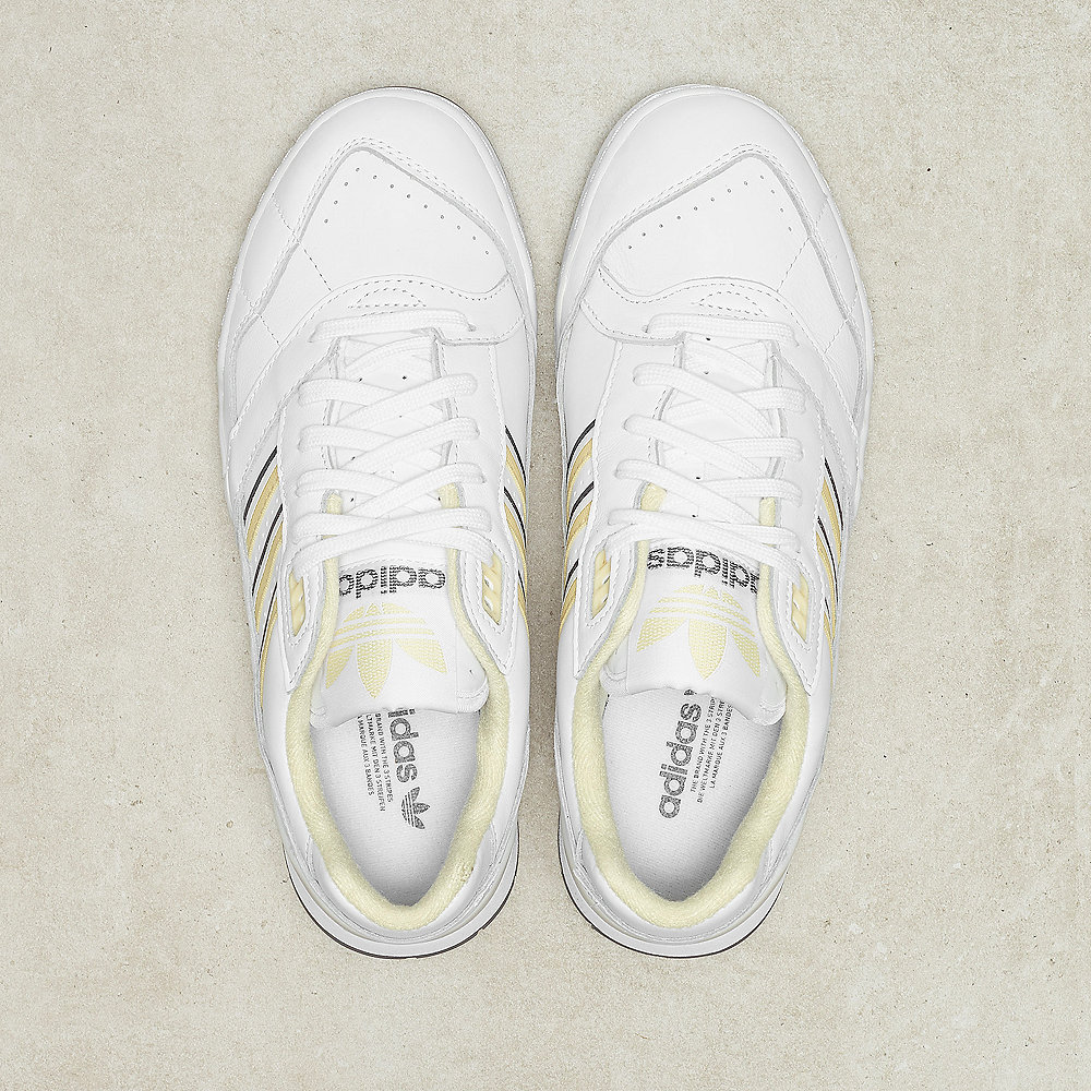 de821509f50 adidas A.R Trainer ftwr white/easy yellow/crystal white