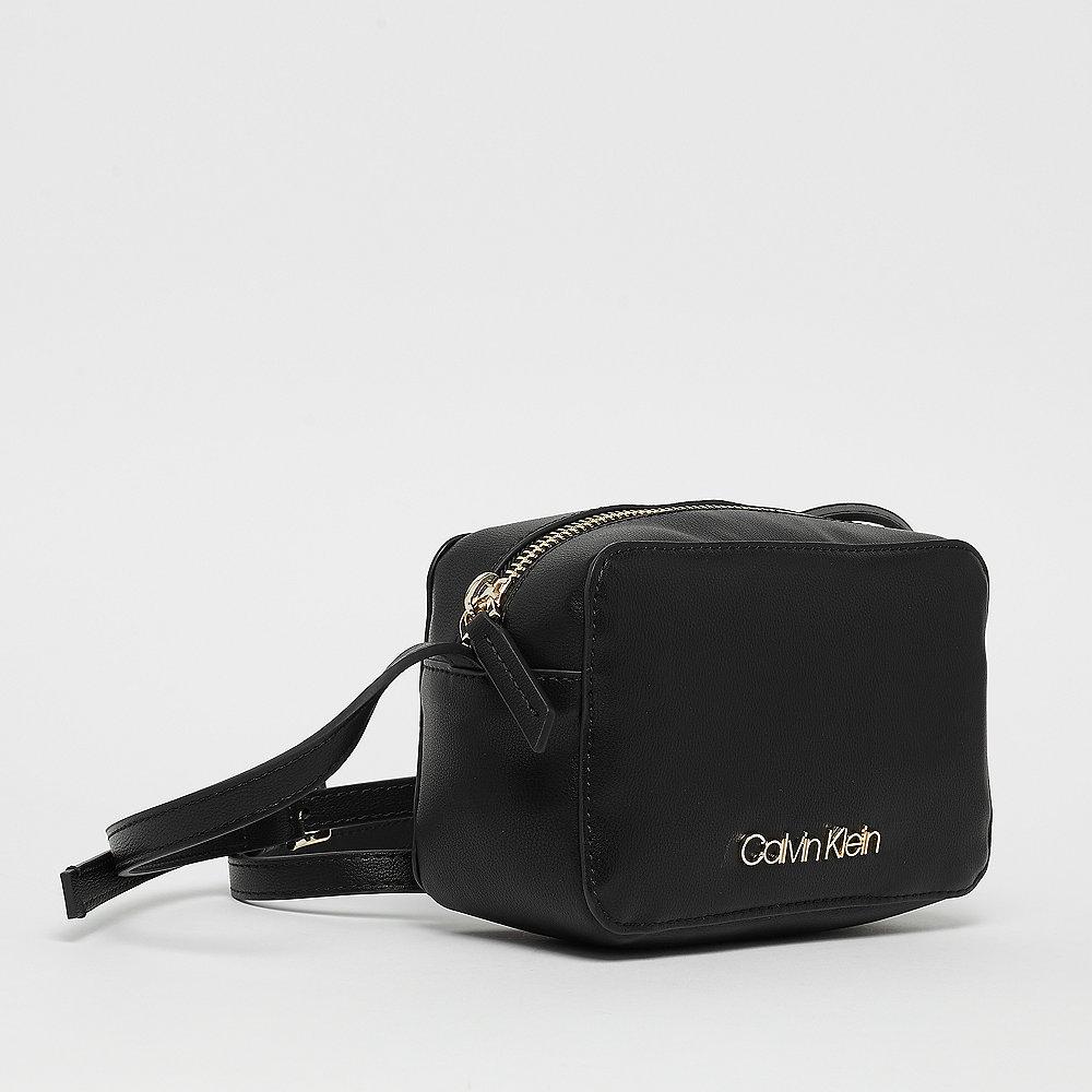 Calvin Klein CK must Camerabag black