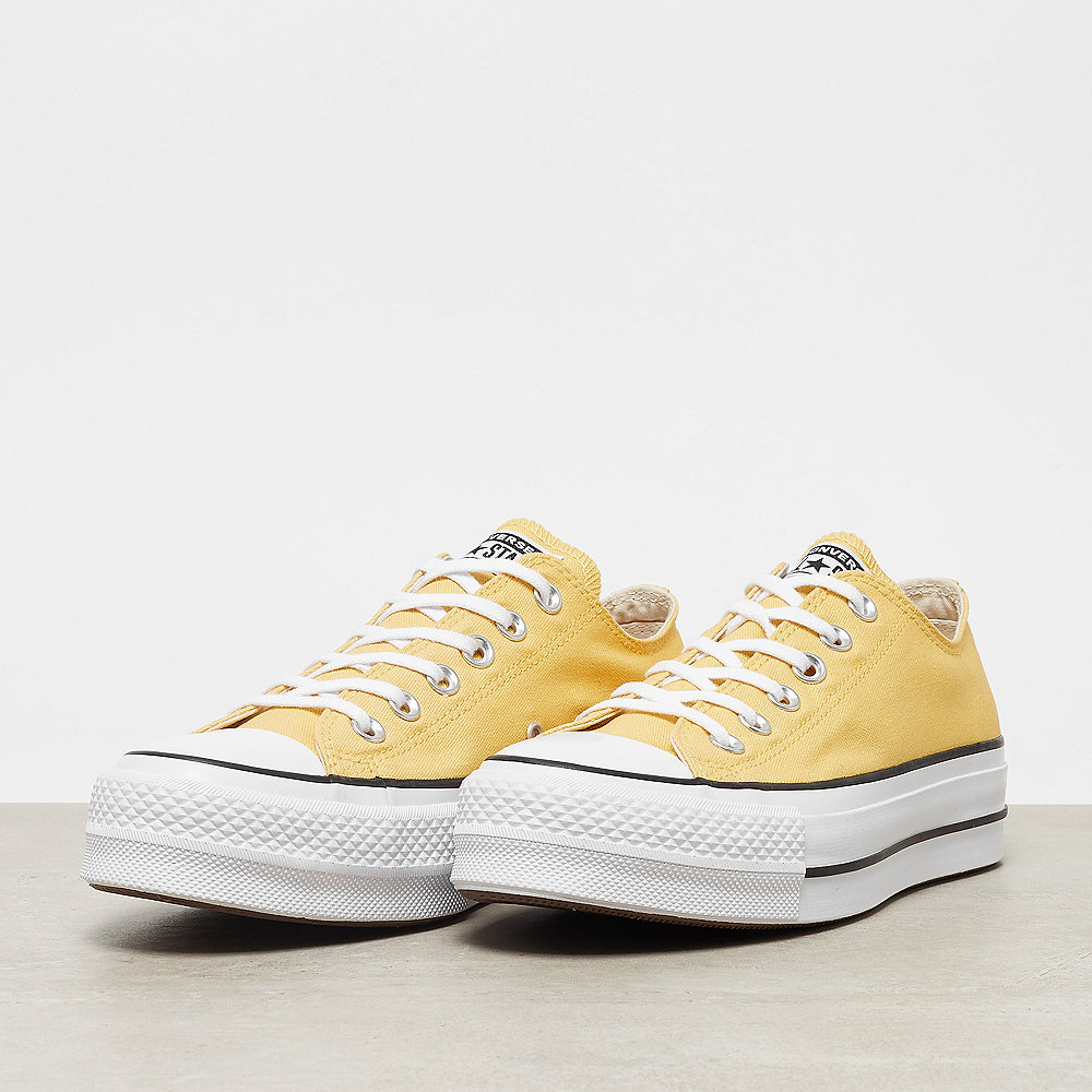 Converse Chuck Taylor All Star Sneaker bei ONYGO