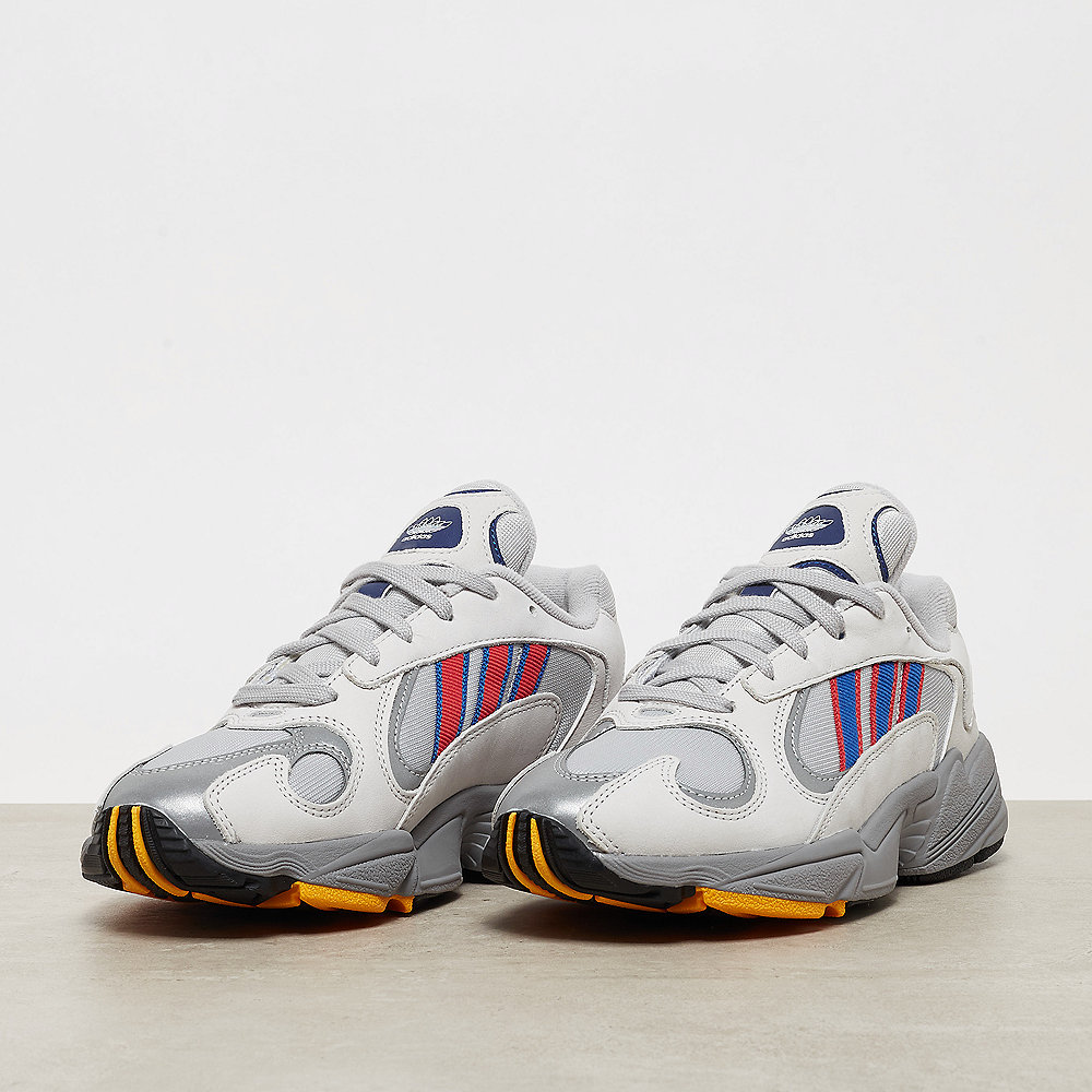 Adidas Yung 1 Collegiate Royal in 2019 | Turnschuhe trends