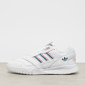 adidas A.R. Trainer W ftwr white/true pink/tech mineral