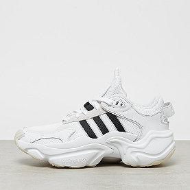 adidas Magmur Runner W ftwr white/core black/grey