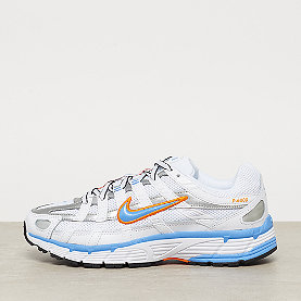 NIKE W NIKE P-6000 white/university blue metallic silver