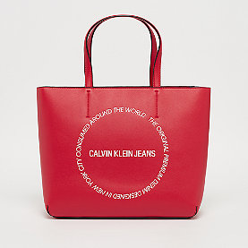 Calvin Klein Sculpted Tote   racing red