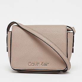 Calvin Klein CK Base Small Crossbody tobacco