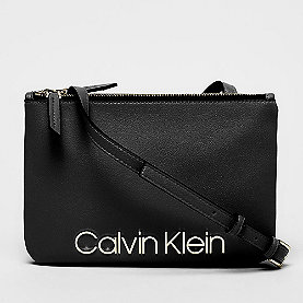 Calvin Klein CK Must Crossover black