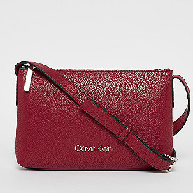 Calvin Klein Neat XBody  barn red