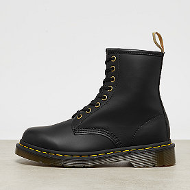 Dr. Martens Vegan 1460  Black Felix Rub Off