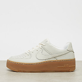NIKE Air Force 1 Sage Low LX pale ivory/p. ivory-gum light brown