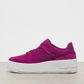 low priced cc83e 54319 NIKE Air Force 1 Sage Low true berry true berry-plum chalk