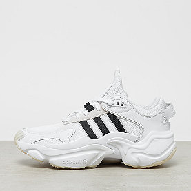 adidas Magmur Runner W ftwr white/core black/grey