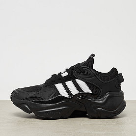 adidas Magmur Runner core black/ftwr white/grey